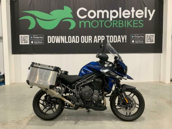TRIUMPH TIGER 1200 XRT 2019 - ONLY 863 MILES FROM NEW!
