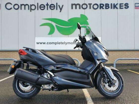YAMAHA XMAX 300 TECH MAX 2021 - ONE OWNER - ONLY 10 MILES FROM NEW