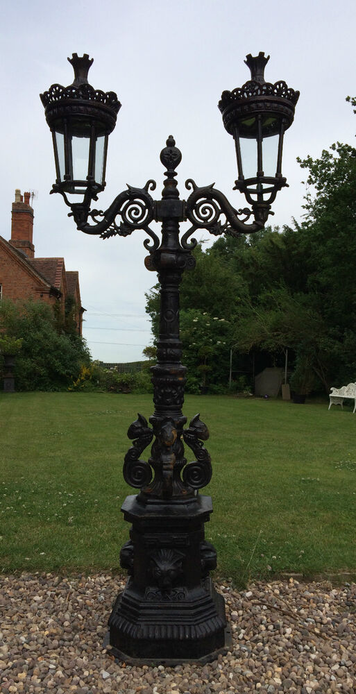 Cast Iron Lamp Post In London Paris Style Two Headed