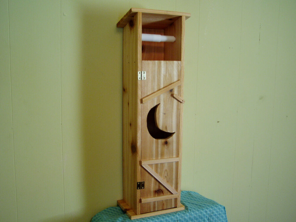 Handmade cedar wood outhouse toilet tissue paper holder ebay Wood toilet paper holders