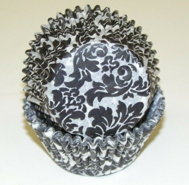 Black and white damask cupcake designer liners 50 count for Liner diametre 4 50