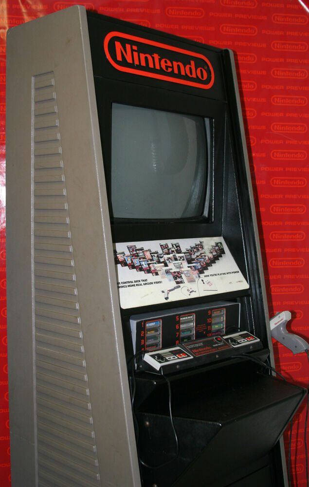 Nintendo M82 Store Display Demo Kiosk With Full Size
