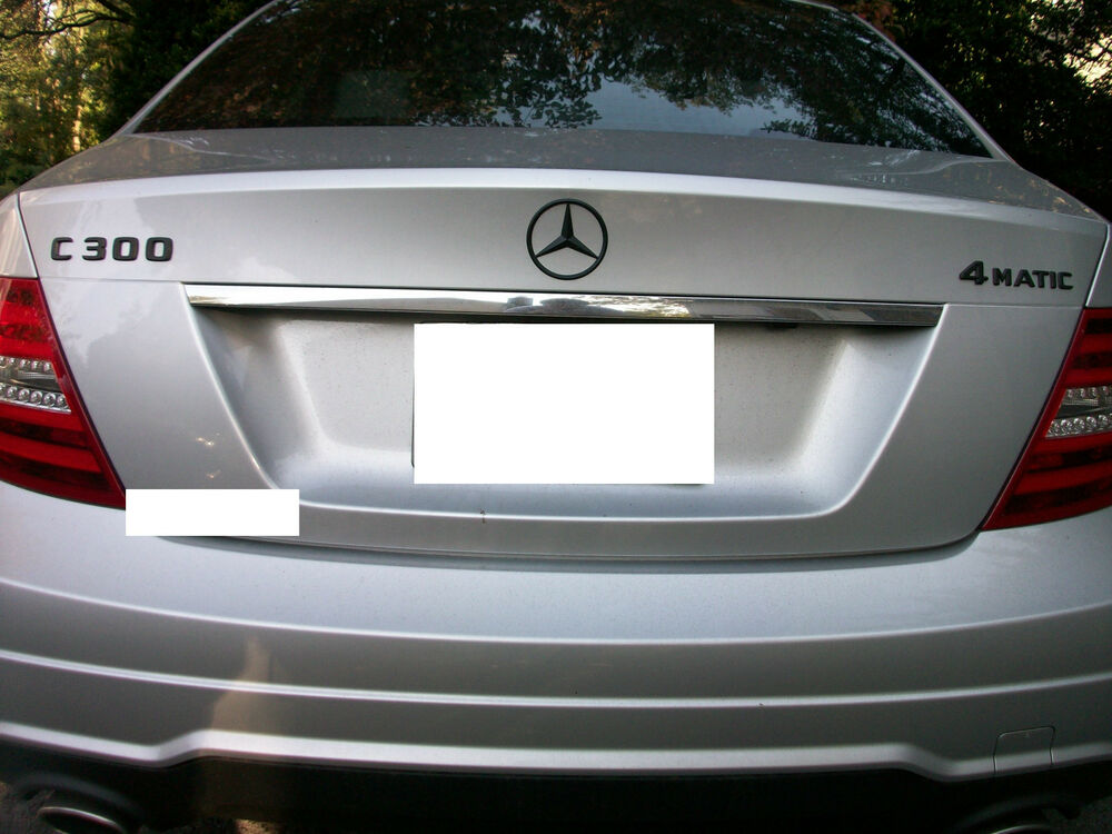 Mercedes benz oem painted black trunk emblem set c e s glk for Mercedes benz trunk emblem