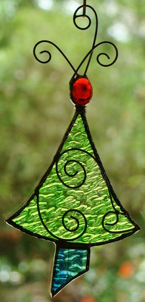 39 lime green christmas tree 39 stained glass ornament hand crafted leadlight gift ebay. Black Bedroom Furniture Sets. Home Design Ideas