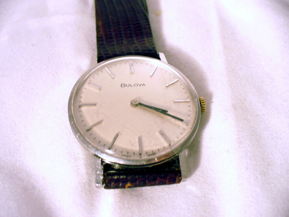 GENTS BULOVA WATCH SILVERED DIAL LEATHER STRAP USED GOOD ...