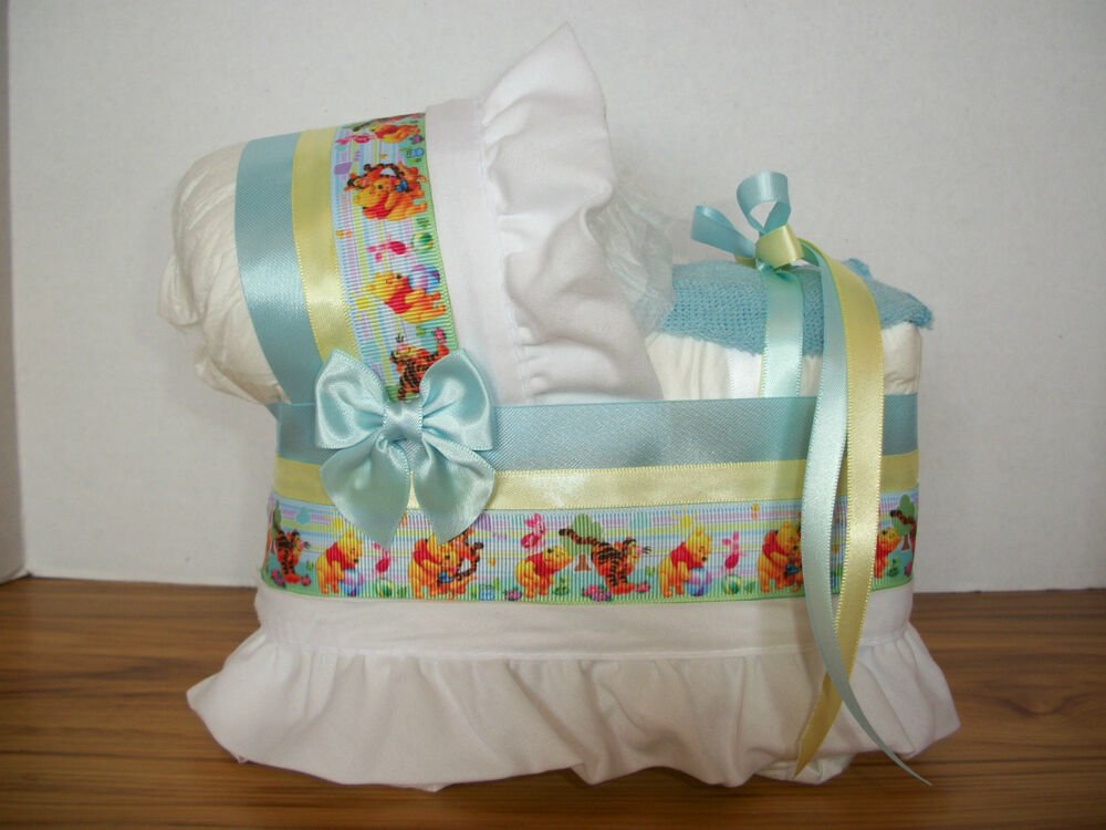 Winnie the pooh boy diaper bassinet baby shower for Baby shower diaper decoration