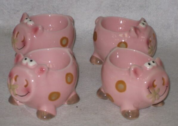 Set Of 4 Novelty Pink Pig Ceramic Egg Cups Ebay