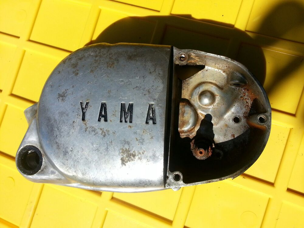1975 Yamaha Dt125 Enduro Right Side Engine Clutch Cover 75