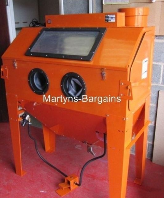 LARGE SAND BLASTING CABINET SBC420 CABINET IDEAL FOR WHEELS And