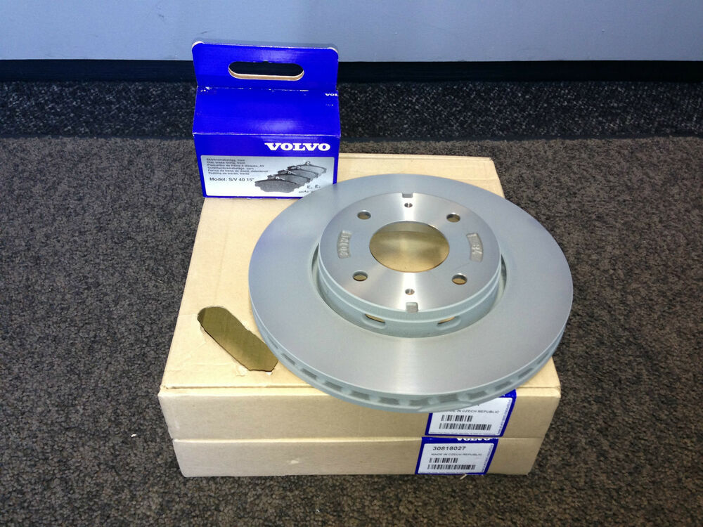 genuine volvo s40 v40 front brakes brake discs pads 1998 2004 30818027 ebay. Black Bedroom Furniture Sets. Home Design Ideas