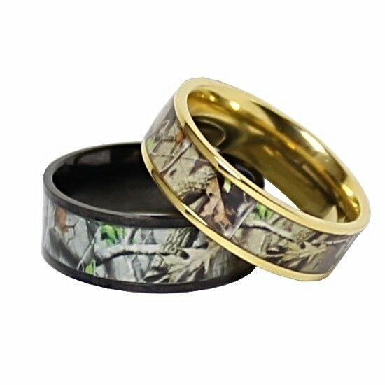 Titanium his hers real oak camo wedding rings camouflage for Camoflauge wedding rings