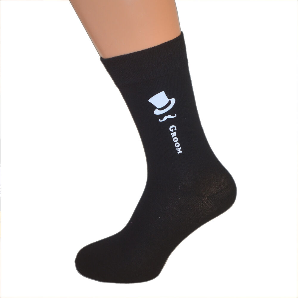 Best for Extra Heel Support Thanks to the cutout on the top of these socks, your feet can breathe while still being protected from your yoga studio's floor. These socks are ideal for not only yoga, but also ballet, Pilates, and barre.