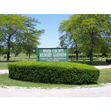 4 Cemetary Plots in Bowling Green, Ohio