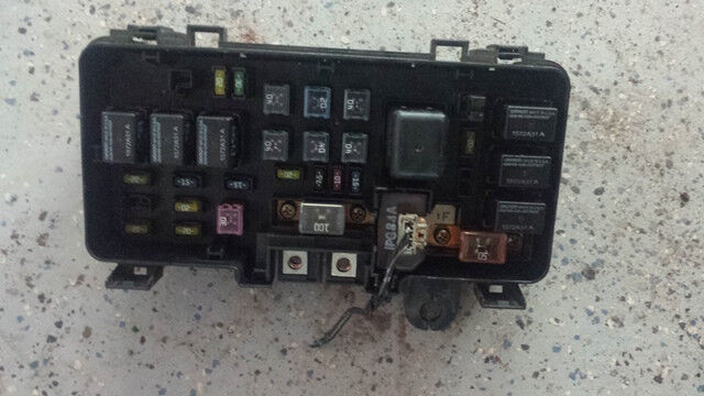 2001 2002 honda accord ex 2dr fuse relay box 3 0l at with cover ebay. Black Bedroom Furniture Sets. Home Design Ideas