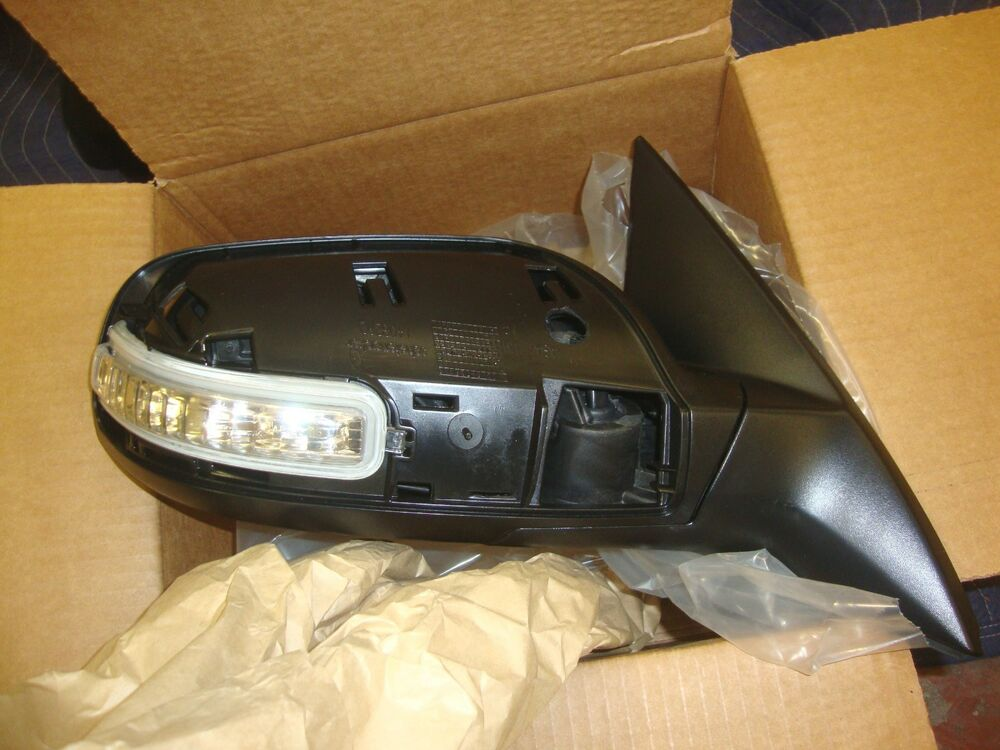 New Oem 2007 2012 Nissan Altima Right Side Signal Door
