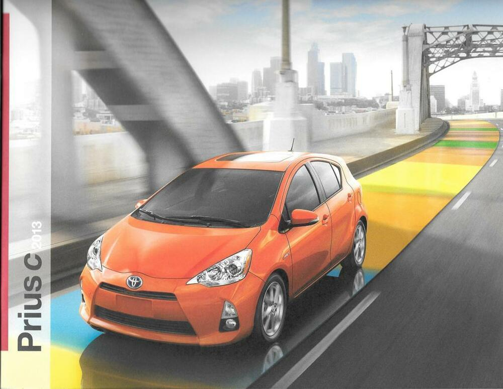 2013 13 toyota prius c oiginal sales brochure mint ebay. Black Bedroom Furniture Sets. Home Design Ideas