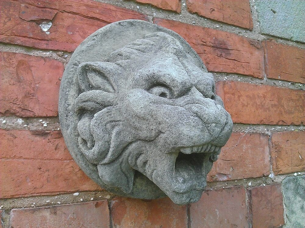 Stone garden gargoyle lion wall water feature spout fountain plaque ornament ebay - Decorative water spouts ...