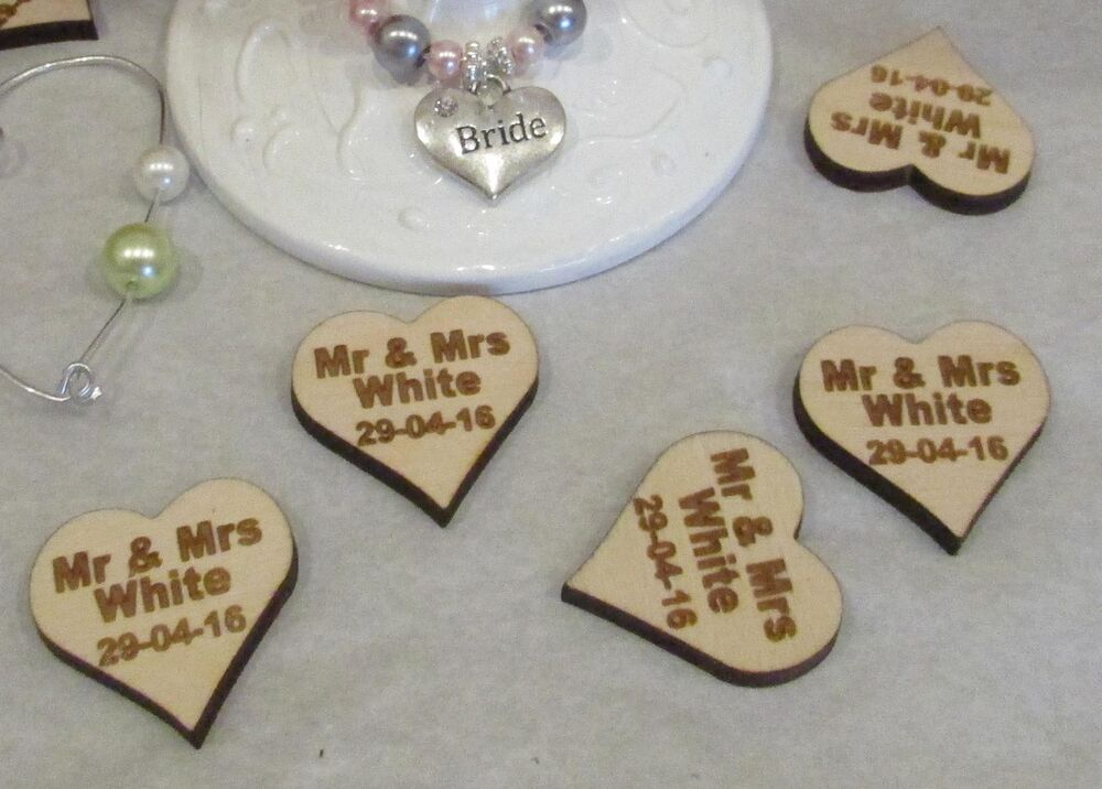 Personalised heart wood table decoration wedding favours for Wedding table favours
