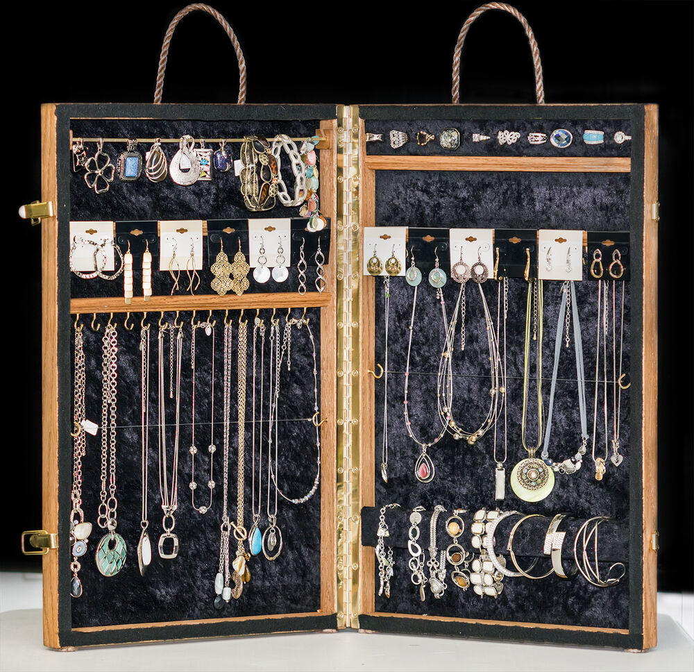 Portable Exhibition Display Cases : Jewelry designs premier display portable carrying case