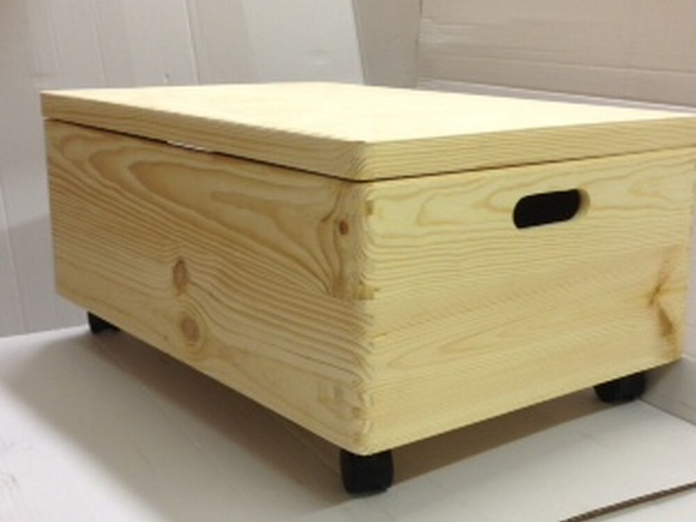 Large Wooden Trunk Toy Box Underbed Storage Chest with lid and castors ...
