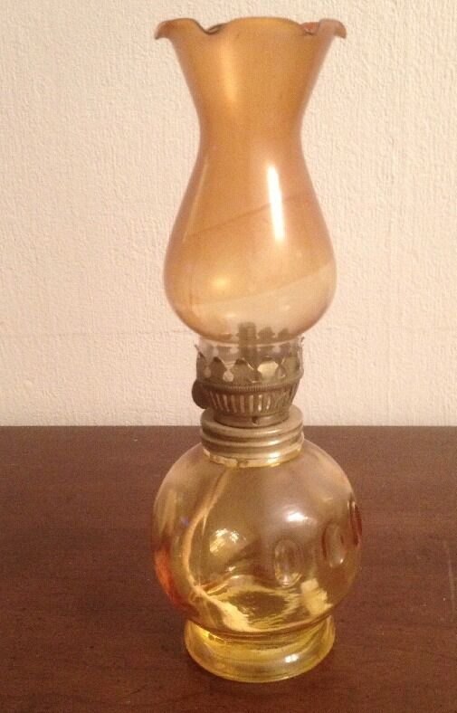 Antique Vintage Hurricane Oil Lamp Yellow Color Glass 8 Quot Tall Ebay