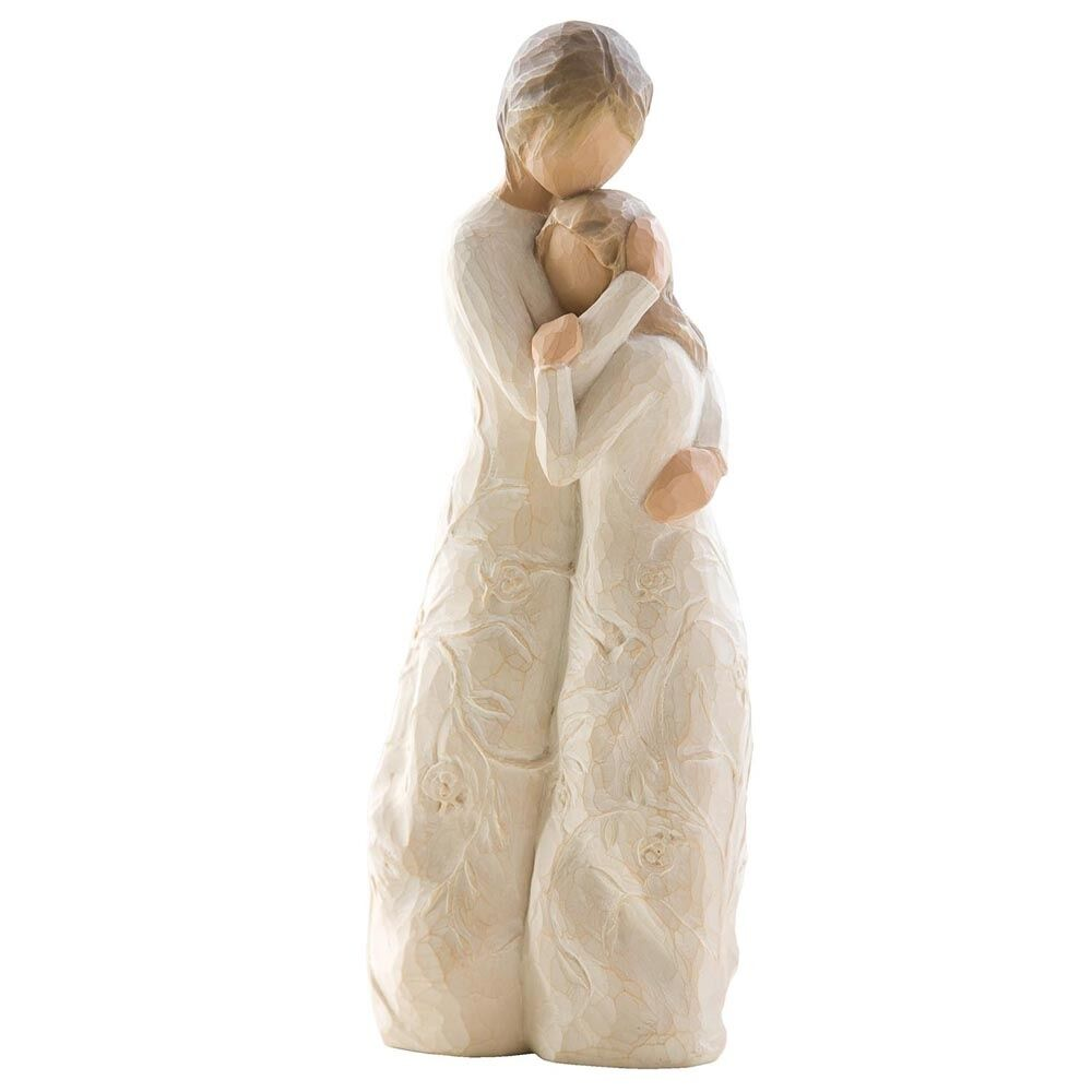 New boxed willow tree figurine mother daugher close to