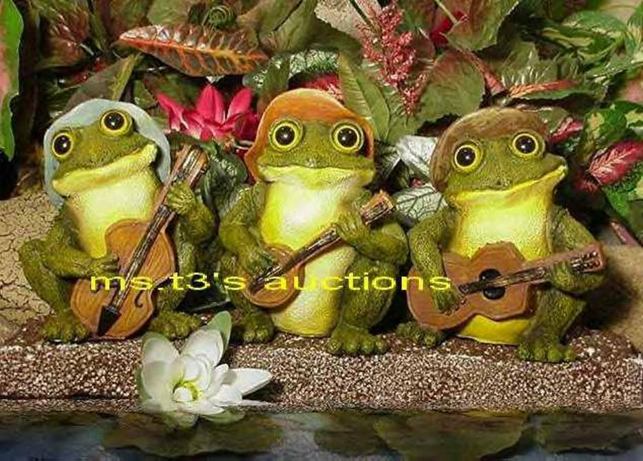 3 musician frogs jammin 39 playing guitar banjo bass for Garden pond ornaments
