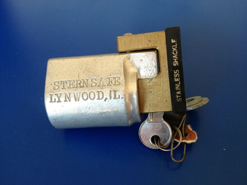 Sternsafe Outboard Motor Lock Stainless Shackle Fits Many