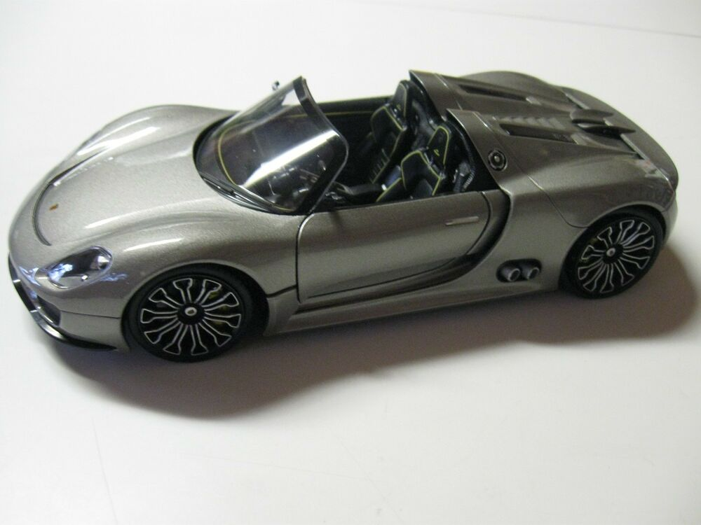 welly porsche 918 spyder silver 1 24 diecast car model w o box new ebay. Black Bedroom Furniture Sets. Home Design Ideas
