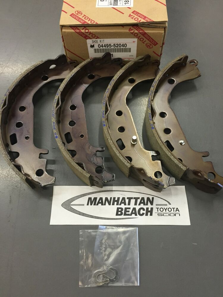 04 08 Prius 03 07 Japan Built Corolla Rear Brake Shoes Oem Toyota 04495 52040 Ebay