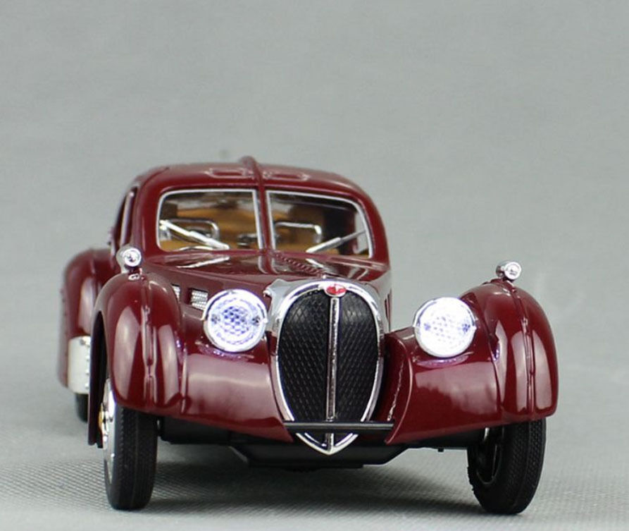 1 28 Bugatti Vintage Car Model With Sound And Light Alloy