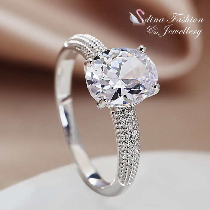 18k White Gold Plated Cubic Zirconia Stunning Single Oval