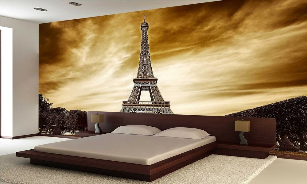 eiffel tower in paris wall mural photo wallpaper giant. Black Bedroom Furniture Sets. Home Design Ideas