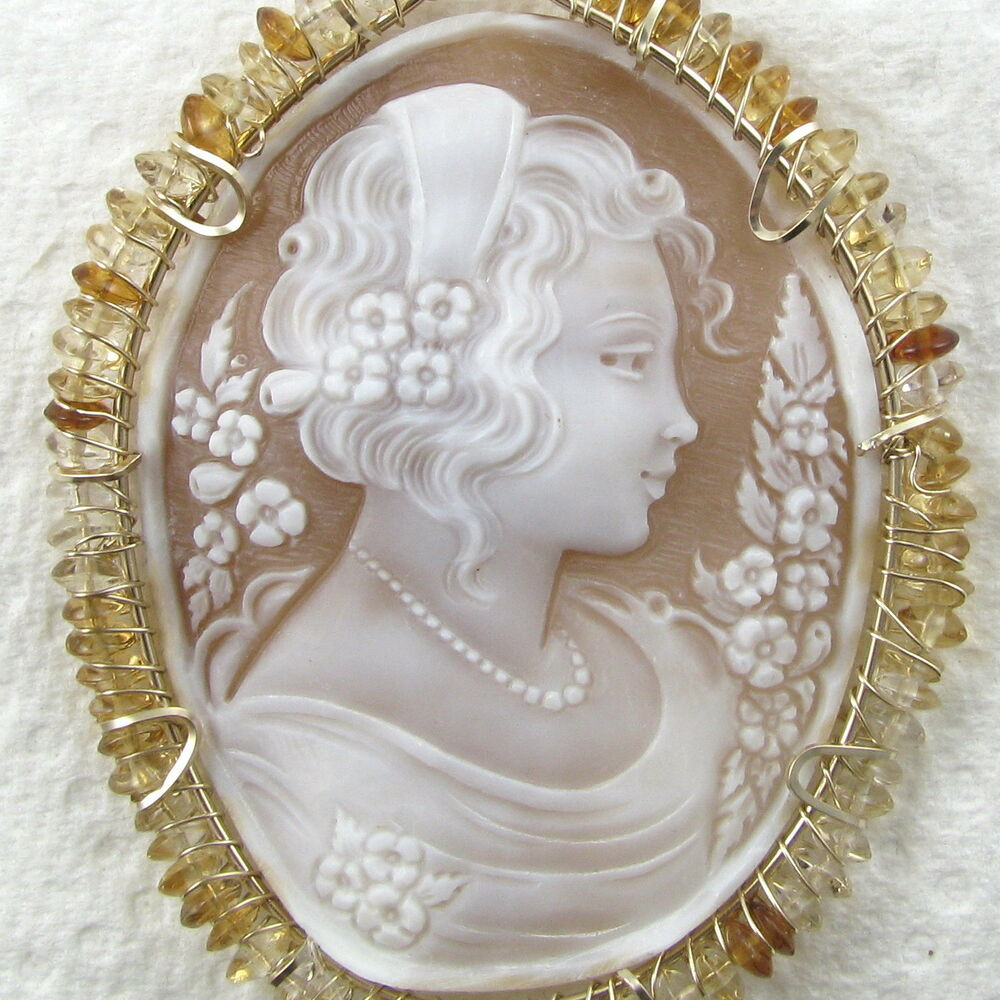 italian carved shell cameo pendant 14k rolled gold