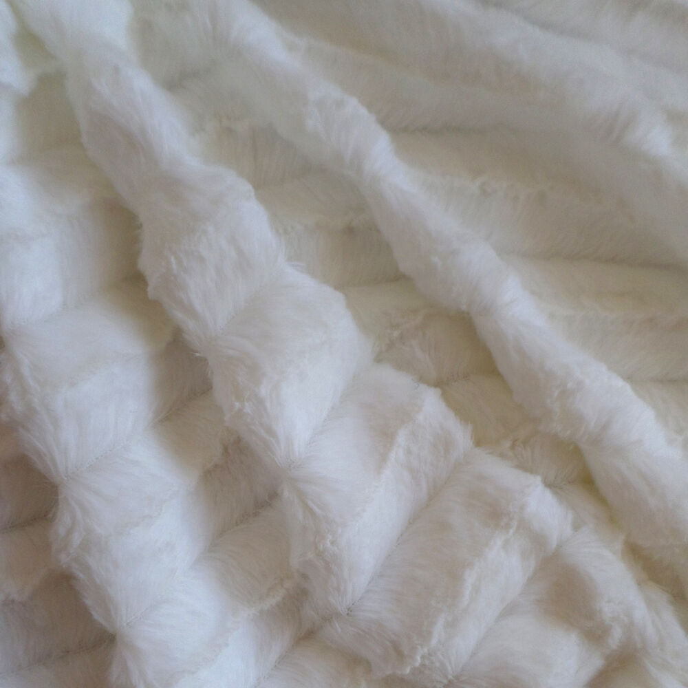 mink fabric minky white faux fur 7 colors available 5 yards ebay. Black Bedroom Furniture Sets. Home Design Ideas