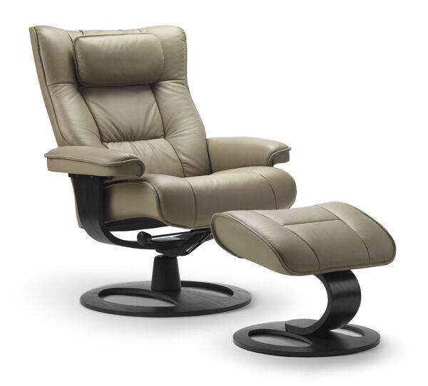 new fjords regent leather recliner chair with ottoman