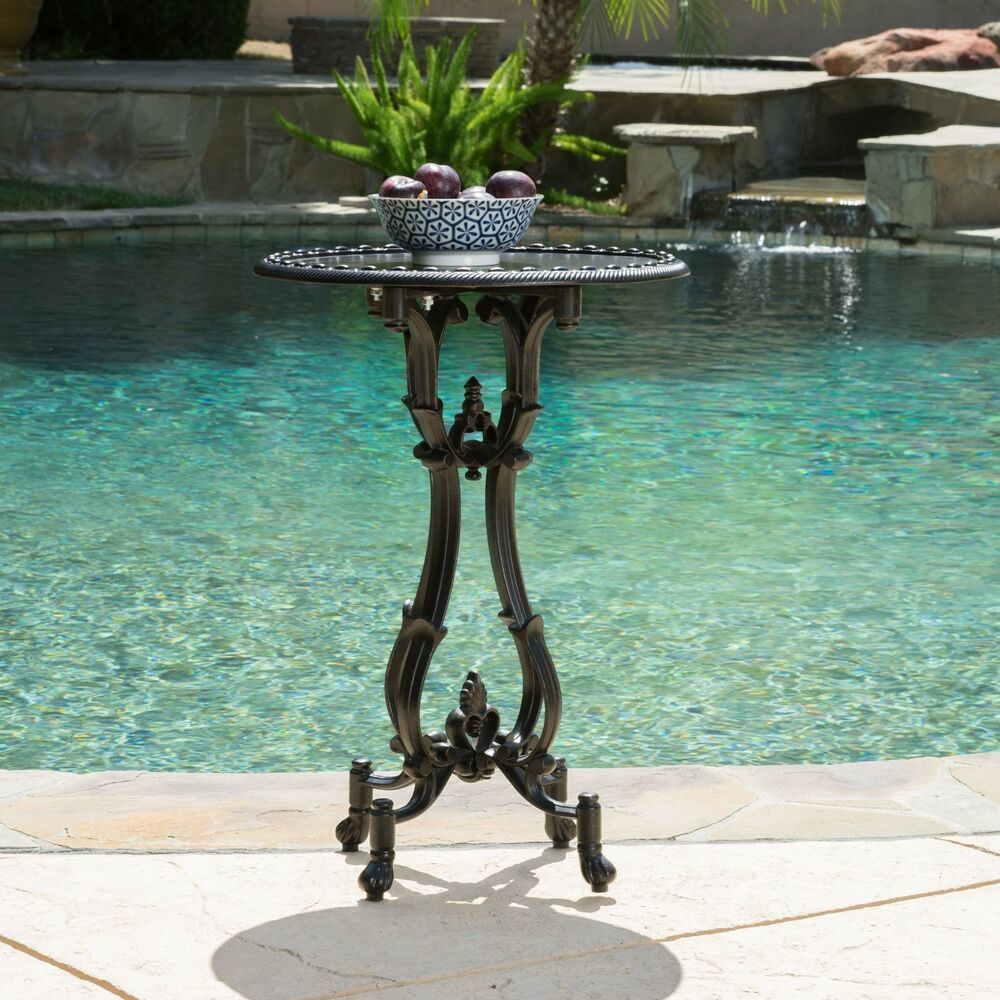 outdoor cast aluminum side table ebay. Black Bedroom Furniture Sets. Home Design Ideas