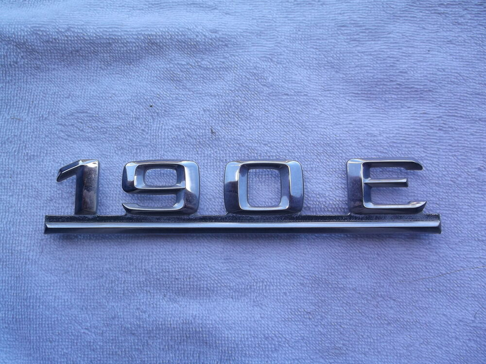 Mercedes benz 190e trunk emblem w201 chrome 190 e ebay for Mercedes benz trunk emblem