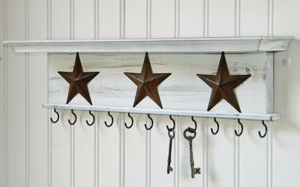 Key holder wall shelf mounted rustic wood distressed white 18 with stars ebay - Vintage hotel key rack ...