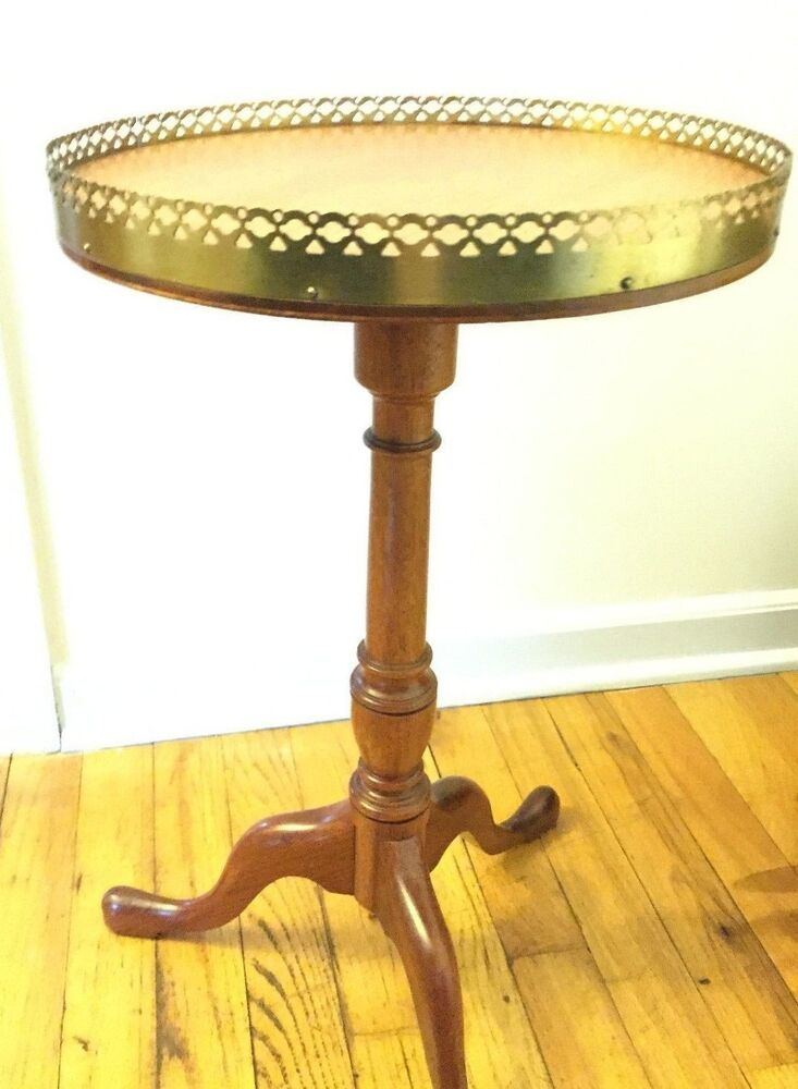Antique Side Table Queen Anne Legs Solid Round Ebay