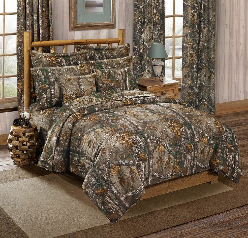 Realtree xtra camouflage 3 pc queen comforter bedding set for Hunting cabin bedroom