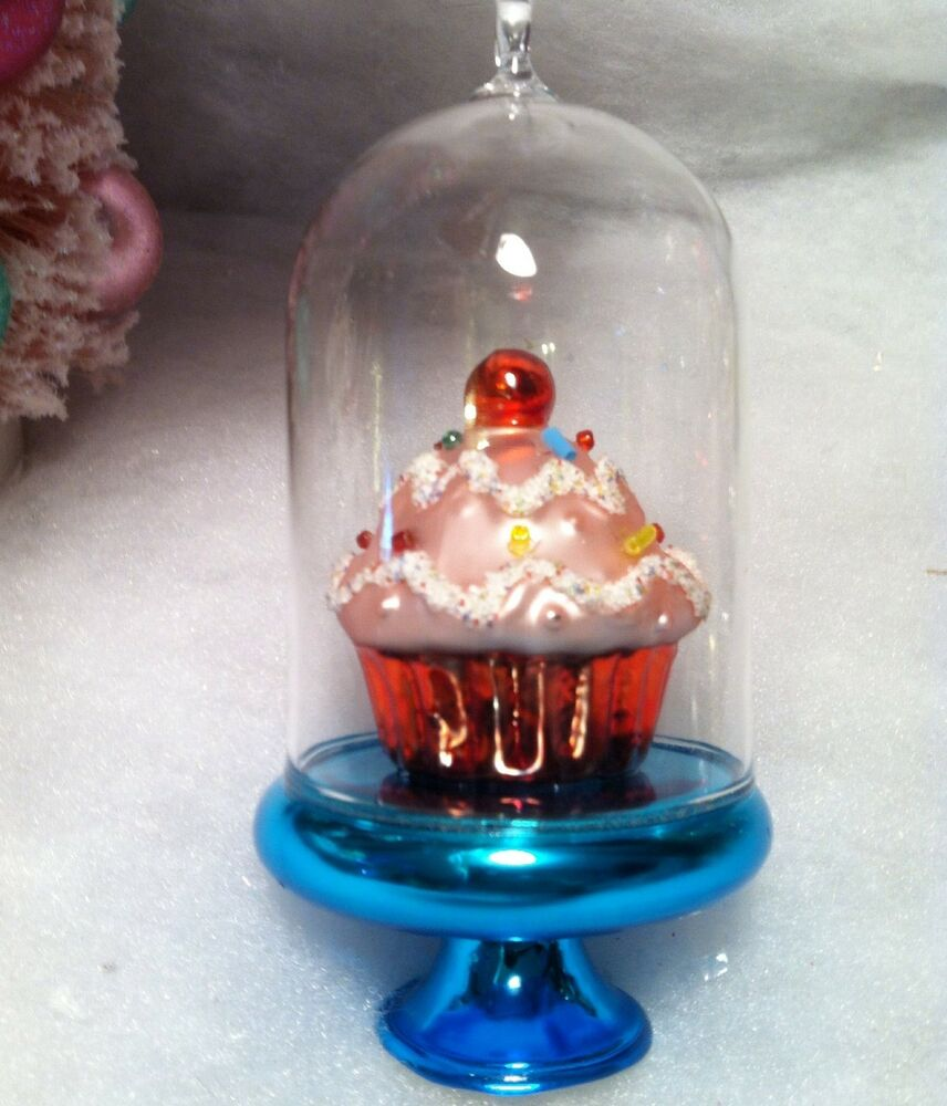 Glass dome blue cake stand w pink cupcake christmas tree