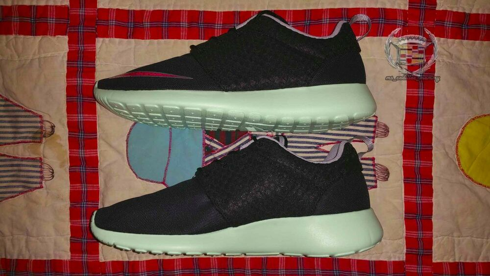 b49e28caca95e Details about Nike Roshe Run FB Yeezy sz 10 Black Pink Flash Mint Rosherun  New 580573-063