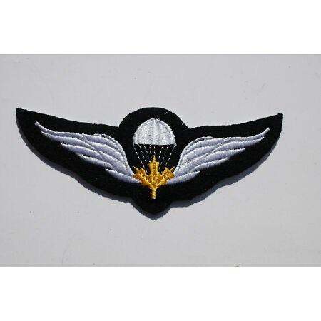 img-Canada Air Force Parachute Wings Traditional Felt Sew On Patch - No545