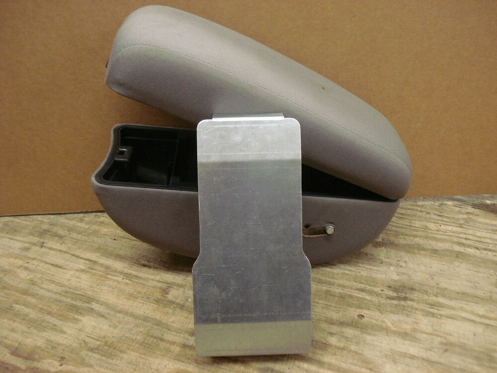 Fix Your Fold Down Broken Center Console Armrest Lid Chevy Colorado Canyon Ebay