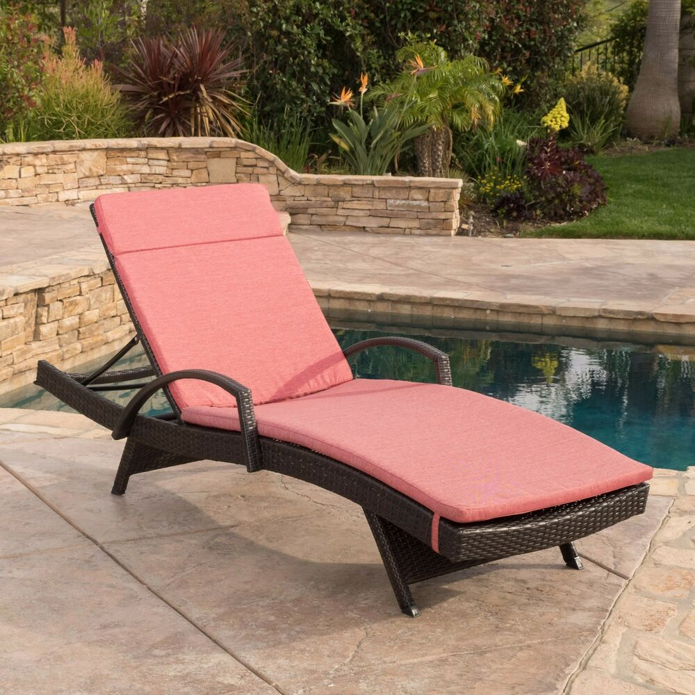 Modern Outdoor Chair: Contemporary Outdoor Brown Wicker Armed Chaise Lounge