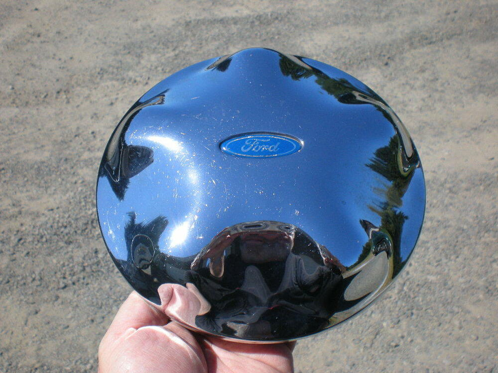 1997 - 2004 Ford Expedition F150 Chrome OEM Center Cap P/N ...