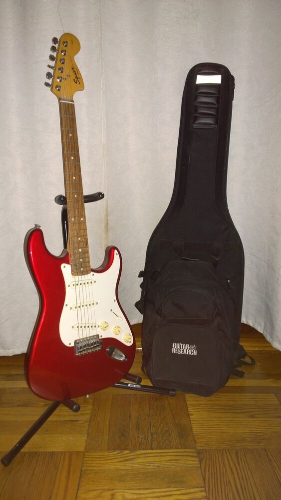 fender guitar starter kit red ebay. Black Bedroom Furniture Sets. Home Design Ideas
