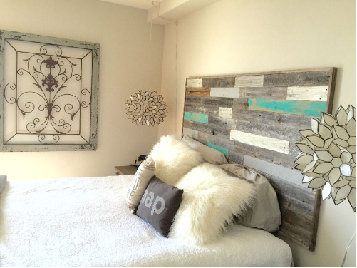 new rustic reclaimed barnwood king size wall mounted headboard farmhouse decor ebay. Black Bedroom Furniture Sets. Home Design Ideas