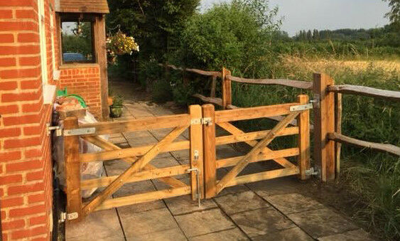 Double Wooden 5 Bar Diamond Braced Field Farm Gate